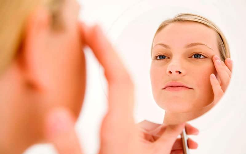 blanching-una-nueva-tecnica-para-mejorar-arrugas-perioculares-sin-cirugia